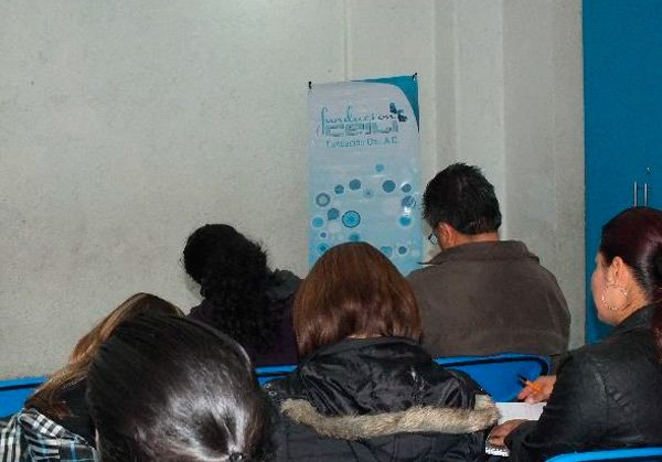 taller-padres-sobreprotectores-01