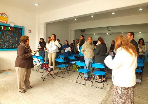 taller-padres-sobreprotectores-02