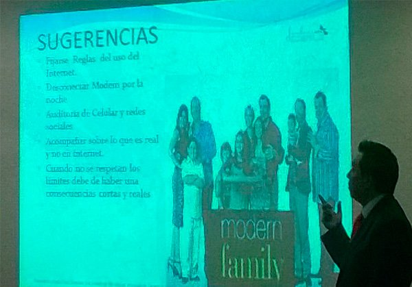 taller-redes-sociales-02
